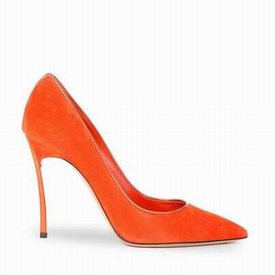 Chaussures orange les vignes for Soggiorni estivi telecom 2017